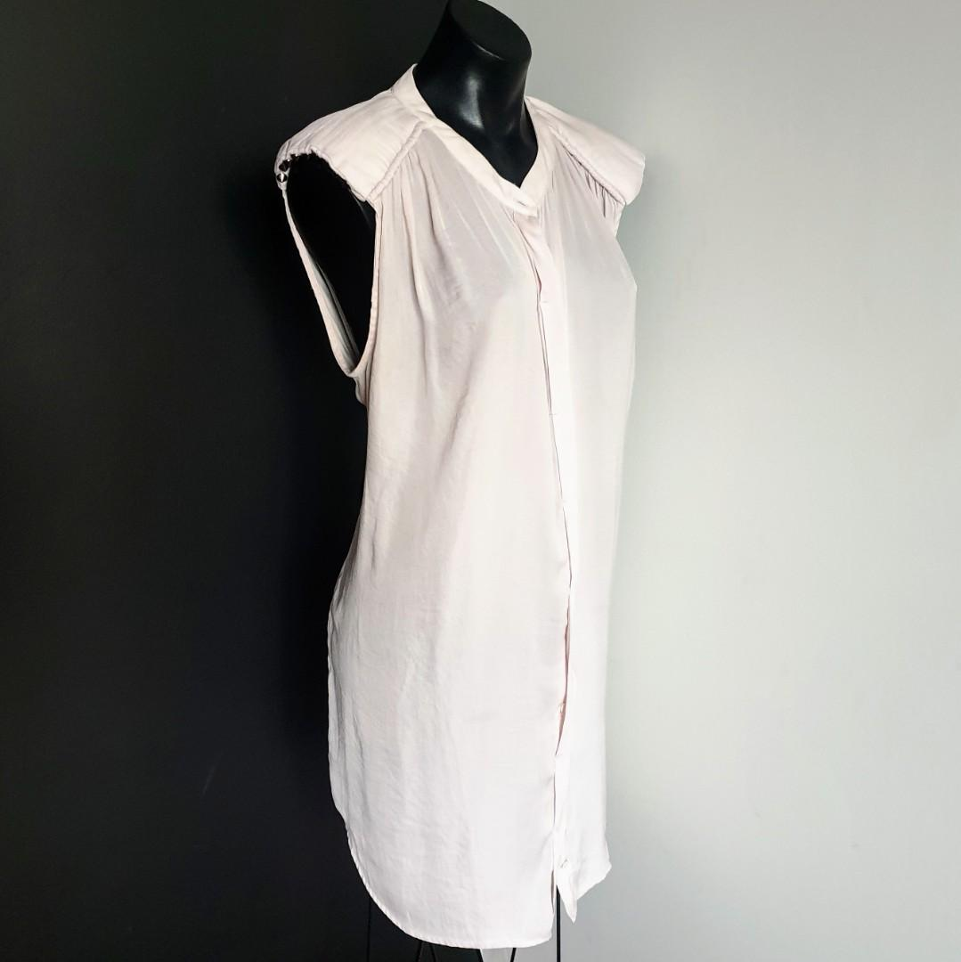 Women's size 14 'WITCHERY' Stunning ivory button down tunic sleeveless blouse with stud shoulder detail - AS NEW