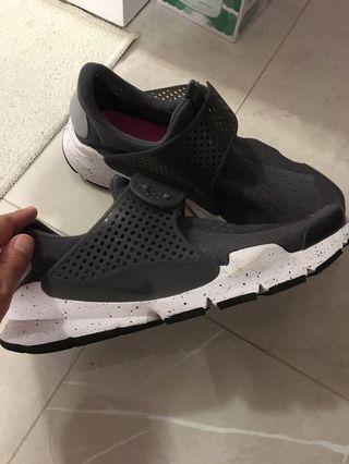 Nike sock dart 灰色潑墨