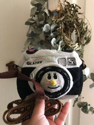 🚚 日本🇯🇵Gladee相機造型胸前掛式背帶小包