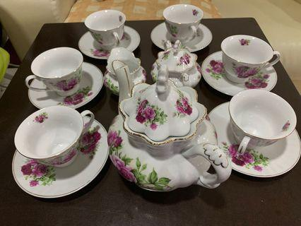 Classic Coffee  / Tea Set