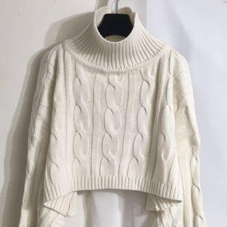 🚚 米白 短版毛衣 高領 針織