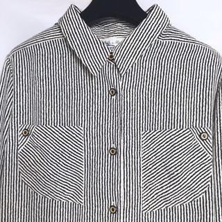 🚚 古著vintage 襯衫 黑白條紋 特殊金釦