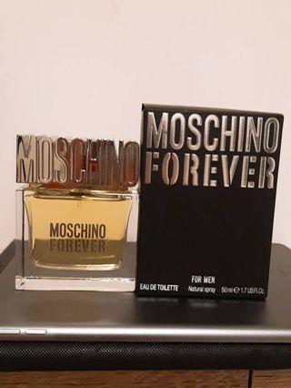 Moschino男性香水