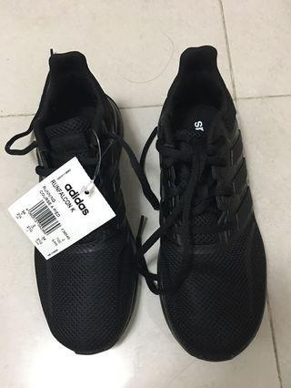 Adidas Sports shoes 運動鞋34號 (全黑色)