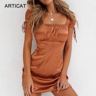 🚚 Brown Satin Short Sleeved Dress