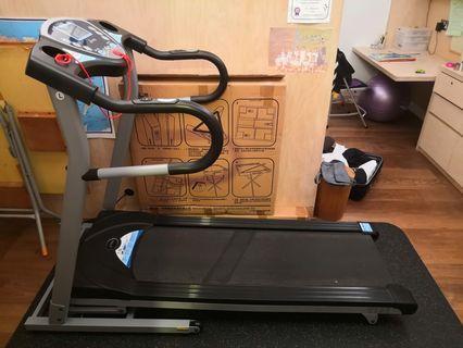電動跑步機