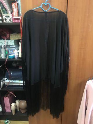 Black Cardigan w Tussel