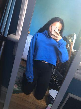 Blue cropped Champion hoodie