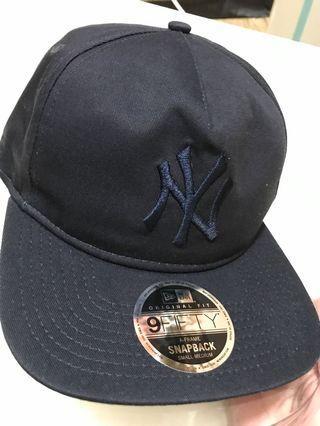 🚚 New Era MLB洋基棒球帽S版型,佩戴過一次  九成九新