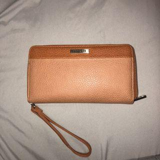Roots Leather Large Wallet