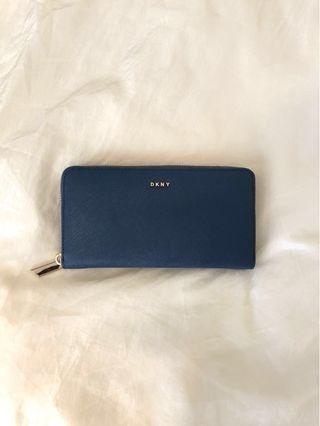 DKNY: Navy Bryant Large Zip-Around Wallet