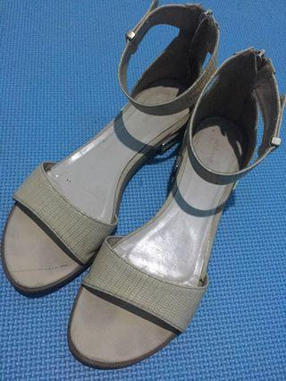 Ankle strap nude urban n co