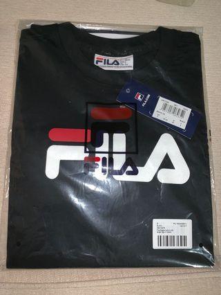 🚚 Black Fila Logo Tee
