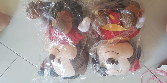 🚚 Mickey and minnie mouse plush toy