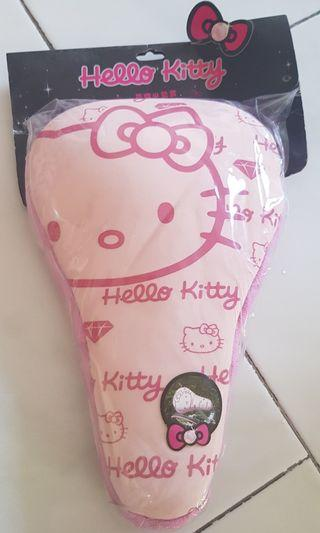 🚚 Brand new Hello Kitty Bicycle seat cover