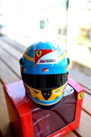 🚚 Scuderia Ferrari稀有精品法拉利安全帽模型,台灣少見,僅此一頂!!