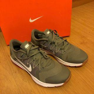 🚚 Nike Training Zoom Complete (BNIB)
