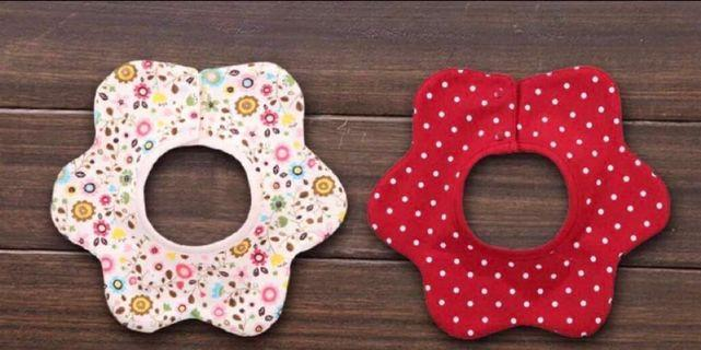 🚚 Double-sided Baby flower shape bibs/ Teething Bibs