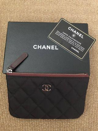 🚚 Chanel pouch