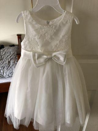 Ollie's place White formal dress size 1