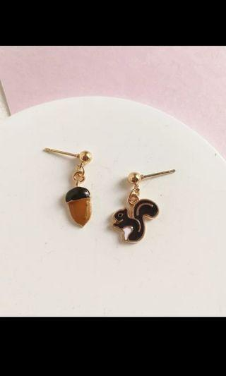 Squirrel & nut stud earring