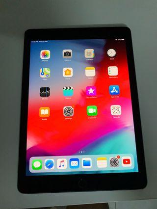 iPad Pro 9.7 256GB Wi-Fi + Cellular