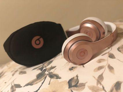 Wireless beats rose gold
