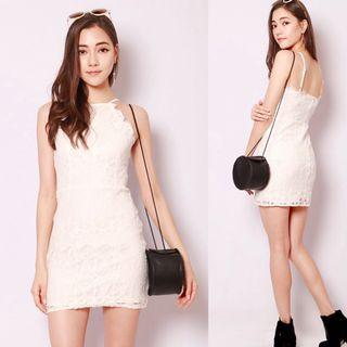 🚚 BN Melodee lace dress in WHITE