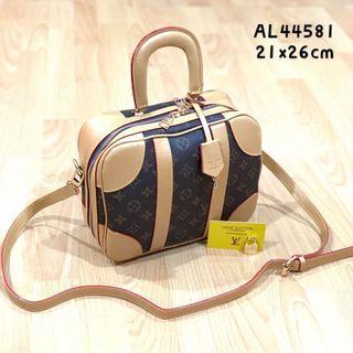 📣📣Raya Sale🌹Premium Louis Vuitton Mini Luggage Bag
