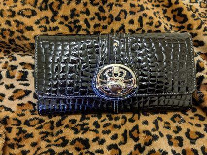 Kathy Van Zeeland Women's Wallet/Purse