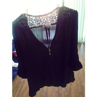 Black Casual Flowy Top W/ Gold Zippers