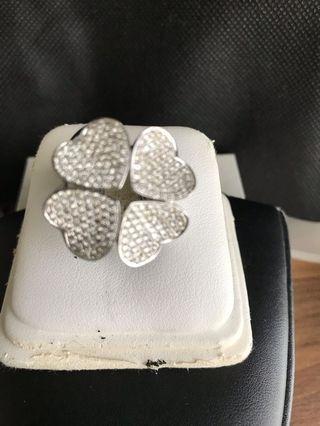 18K White Gold chunky diamond ring