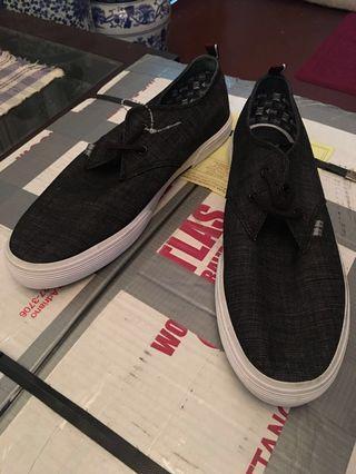 BEN SHERMAN Black/Grey Canvas Sneakers - Size 11