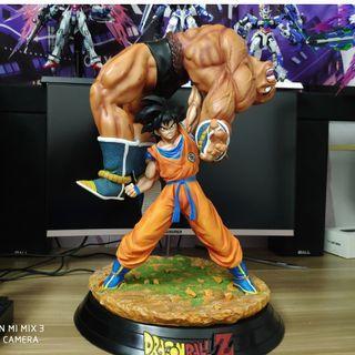 悟空高舉那巴雕像成品figure 龍珠 撒亞人 界王拳篇 9kg
