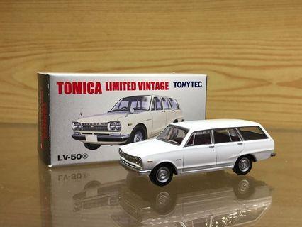 Tomytec Tomica Limited Vintage Neo LV-50a Nissan Datsun Skyline Van