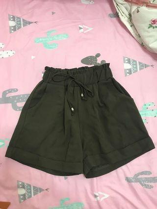 Forest Green Drawstring Pocket Highwaisted Shorts