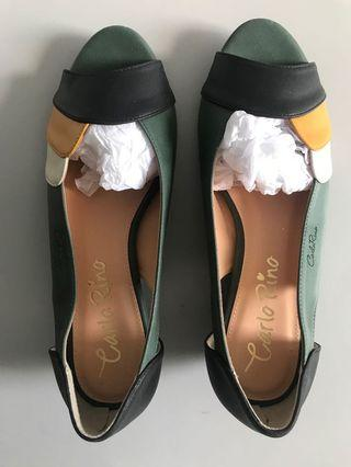 [NEW] $15 mailed Carlo Rino shoes