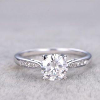 Moissanite Diamond Ring