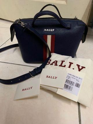 Bally包