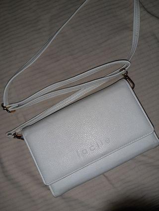 facile sling bag