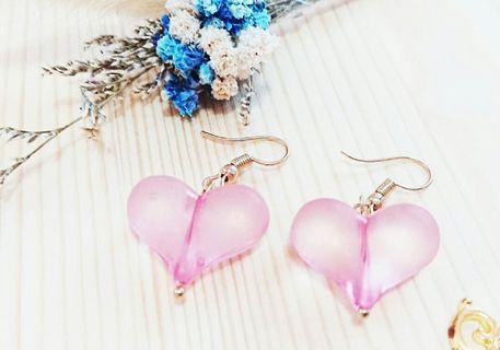 粉色愛心 耳勾耳環