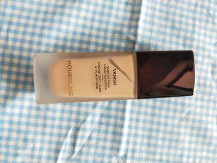 🚚 Vanish seamlesh finish foundation liquid