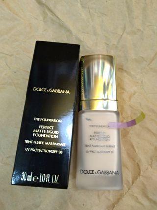 D&G DOLCE & GABBANA 杜嘉班納  完美霧面 粉底液 perfect matte liquid foundation