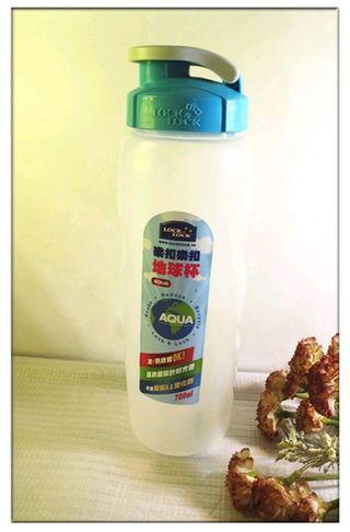 🚚 全新 樂扣樂扣水瓶 冷水壺 隨行杯 透明水瓶-700ml 運動水壺 茶壺 運動水瓶 水瓶