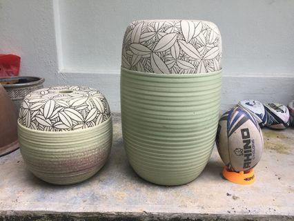Designer pots small