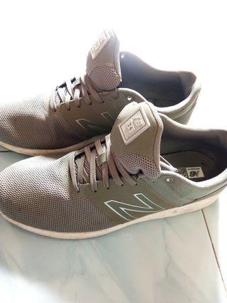 Sepatu Pria New Balance Otiginal