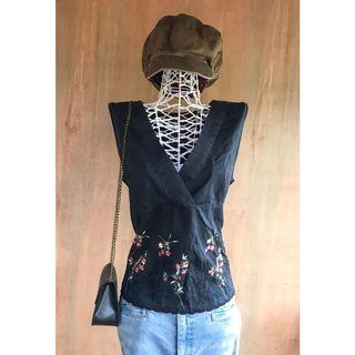 Vintage Embroidery Pattern Sleeveless Black Deep V Neck Top