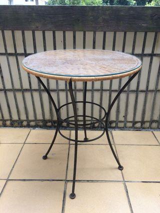 🚚 Woven coffee table 圓形竹編小茶几 咖啡桌 玻璃