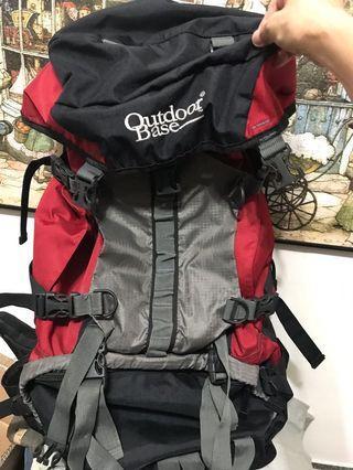 Outdoor base登山、旅行後背包,腰帶穩固不費力,空氣對流後背設計,54*27*18公分