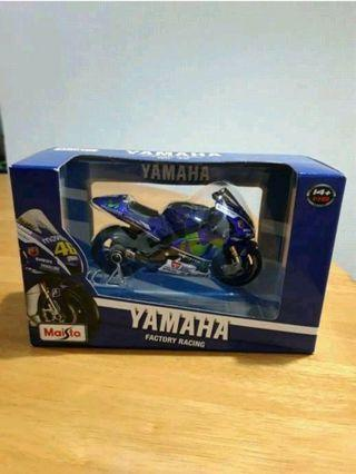 Diecast Yamaha Rossi 2016 1:18
